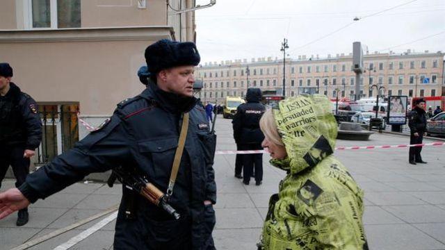 heridos-explosion-supermercado-San-Petersburgo_EDIIMA20171227_0640_4