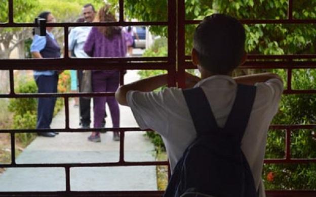 Los alumnos faltan por la falta de alimentos en las escuelas