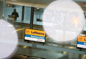 Aerolínea alemana Lufthansa cancela sus vuelos a Israel tras restricciones por coronavirus