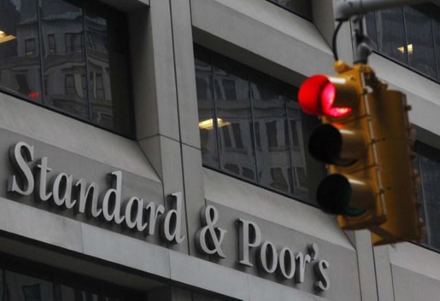 Las oficinas de Standard & Poor's en el distrito financiero de Nueva York, feb 5, 2013. REUTERS/Brendan McDermid