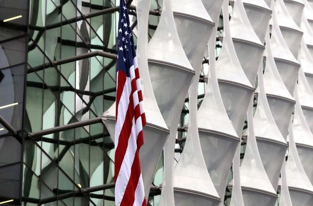The US flag flies outside the new U.S. Embassy in Nine Elms in London, Britain January 12, 2018. REUTERS/Peter Nicholls