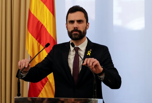 Roger Torrent , Speaker of Catalonia's regional Parliament, delivers a statement in Barcelona, Spain, January 30, 2018. REUTERS/Rafael Marchante