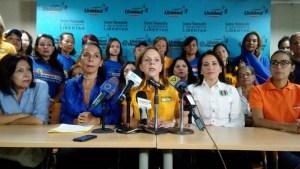 Mujeres demócratas exigen al gobierno no jugar con el hambre de los venezolanos