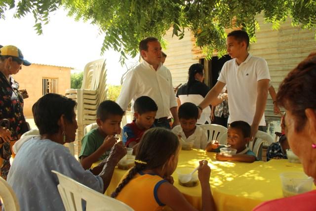 Juan Pablo Guanipa goberndor juntos contra el hambre Santa Rita (2)