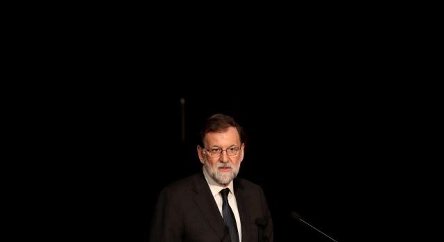 """El presidente del Gobierno, Mariano Rajoy, durante su intervención hoy en el Museo Reina Sofía en la que ha anunciado que el Alto Comisionado del Gobierno para la Marca España ampliará su nombre con el añadido de """"y la Promoción del Español"""" y ampliará sus funciones """"para abarcar todos los objetivos e iniciativas"""" del plan """"El español, lengua global"""". EFE/Ballesteros"""