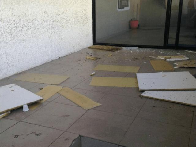 Sede del BOD de Machiques en Zulia, destrozada por clientes que querían efectivo. Foto: @Madepalmar