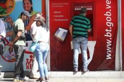 ¡Faltan 15 días! Aún sin llegar los billetes del nuevo cono monetario a los bancos
