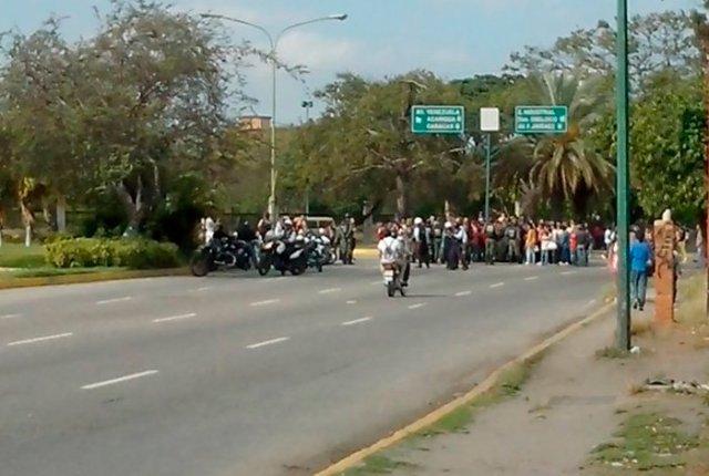 Foto: Protestas colapsa el centro y este de Barquisimeto  / elimpulso.com