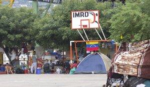 Delincuencia controla cancha en Cúcuta donde se refugian venezolanos