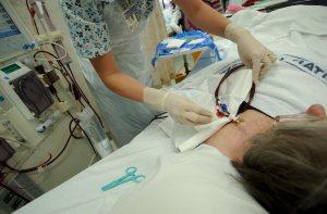 Pacientes renales de Lara: Volveremos a las calles si no recibimos diálisis