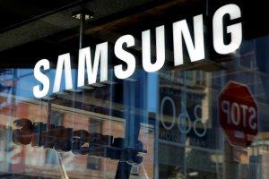 """Samsung anuncia """"parche"""" informático para corregir falla en su último modelo Galaxy S10"""