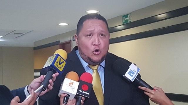 Brito explicó desde el Parlamento venezolano no hemos detenido nuestro trabajo