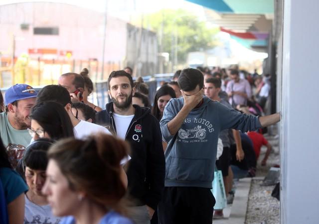Personas al sur de Brasil Enero 24, 2018. REUTERS/Marcos Brindicci