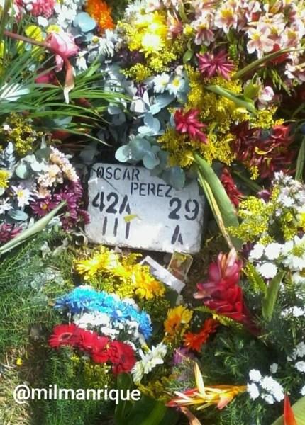 las tumbas de #OscarPerez y #DiazPimentel a un mes de la #MasacreDeElJunquito