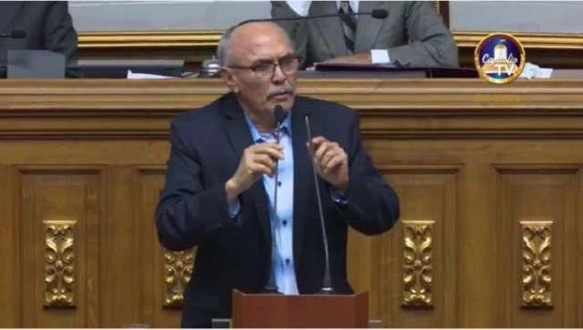 El diputado Ismael García