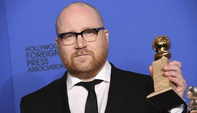 Johann Johannsson, con el Globo de Oro que ganó en 2015 por la música de 'La teoría del todo'. JORDAN STRAUSS JORDAN STRAUSS/INVISION/AP