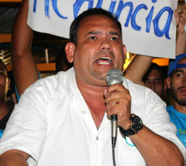 El coordinador político de Acción Democrática en el estado Bolívar, Simón Andarcia