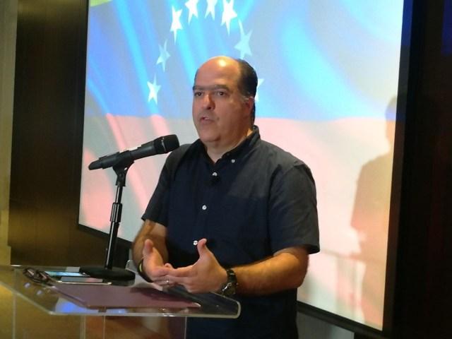 El expresidente de la Asamblea Nacional, Julio Borges, desde Panamá