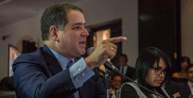 El presidente de la Comisión de Política Exterior agradeció el apoyo de Colombia y Perú por unir esfuerzos para ayudar al restablecimiento de la democracia en el país