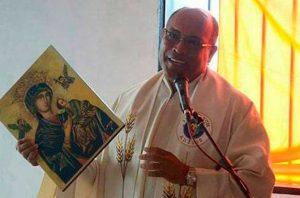 Un sacerdote entre las víctimas por la falta de diálisis en Venezuela