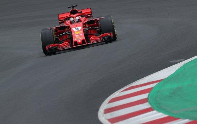 F1 Fórmula 1 - Sesión de prueba de Fórmula 1 - Circuit de Barcelona-Catalunya, Montmeló, España - 1 de marzo de 2018 Sebastian Vettel de Ferrari durante las pruebas REUTERS / Albert Gea