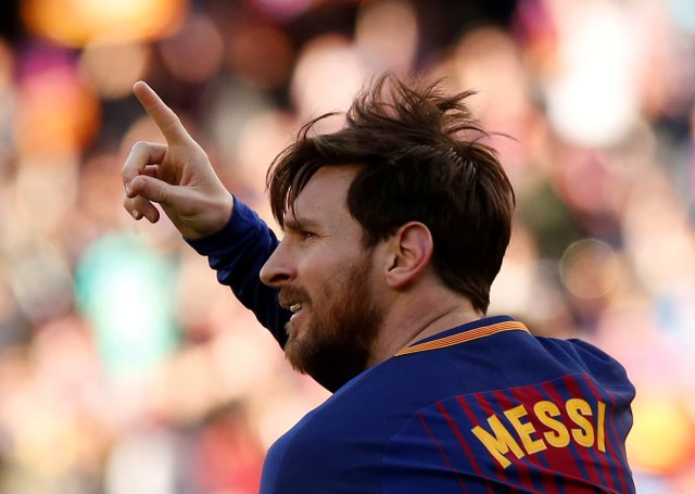 Soccer Football - La Liga Santander - FC Barcelona vs Athletic Bilbao - Camp Nou, Barcelona, Spain - March 18, 2018 Barcelona's Lionel Messi celebrates scoring their second goal REUTERS/Albert Gea TPX IMAGES OF THE DAY