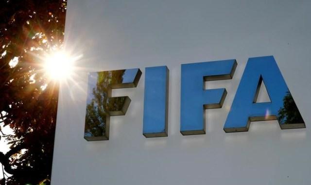El logo de la FIFA en su sede en Zúrich, sep 26, 2017. REUTERS/Arnd Wiegmann