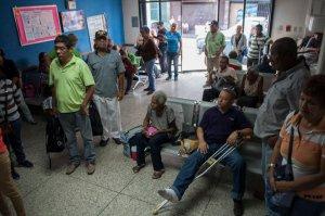Enfermos renales de Lara protestaron para exigir tratamiento de diálisis