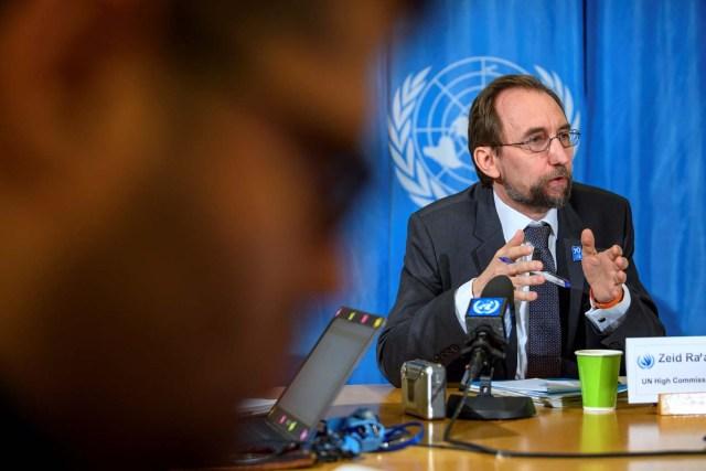 GE101ONU. GINEBRA (SUIZA), 09/03/2018.- El alto comisionado de Naciones Unidas para los Derechos Humanos, Zeid Ra'ad Al Hussein, ofrece una rueda de prensa en Ginebra, Suiza, hoy, 9 de marzo de 2018. EFE/ Martial Trezzini