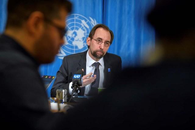 El alto comisionado de Naciones Unidas para los Derechos Humanos, Zeid Ra'ad Al Hussein, ofrece una rueda de prensa en Ginebra, Suiza, hoy, 9 de marzo de 2018. EFE/ Martial Trezzini