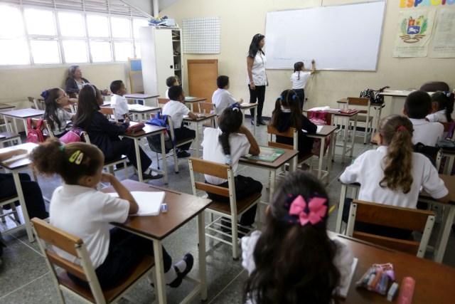 Estudiantes colegio privado