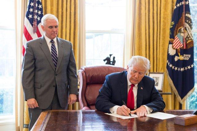 El vicepresidente y presidente de los Estados Unidos, Mike Pence y Donald Trump / Casa Blanca