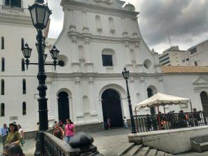Conferencia Episcopal Venezolana ratifica que este domingo #20May sí habrá eucaristía