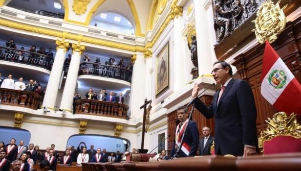 """El presidente Martín Vizcarra anunció que el nuevo Gabinete será """"completamente nuevo"""". (Foto: Congreso)"""