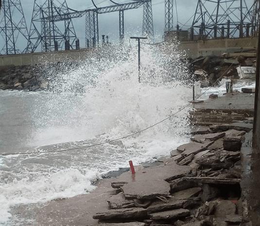 Antonio Formatano informó que cuatro embarcaciones se hundieron y no han podido rescatarlas  (Foto extraída de La Verdad de Vargas)