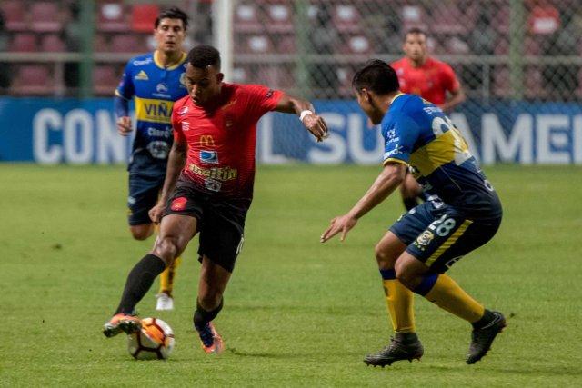 Los rojos del Ávila cobraron los dividendos del partido de ida. @Caracas_FC