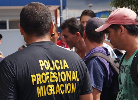 costa-rica-policia-migracion-crisis-centroamerica