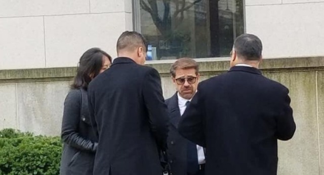Lacava a su llegada a las oficinas del Congreso de EEUU, en Washington DC (Foto cortesía)