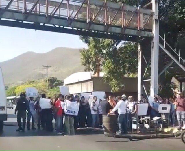 Foto: Estudiantes de la UDO protestan por la inseguridad / Cortesía