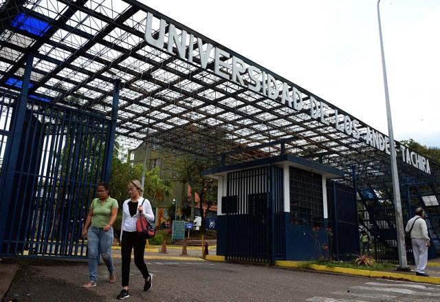 La entrada de la Universidad de Los Andes en San Cristóbal, Táchira / Foto AFP / GEORGE CASTELLANOS