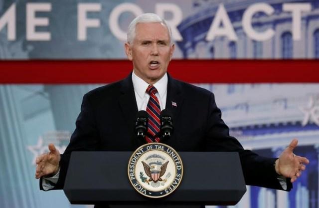 El vicepresidente de Estados Unidos, Mike Pence, en una conferencia en National Harbor, Maryland, feb 22, 2018.  REUTERS/Kevin Lamarque