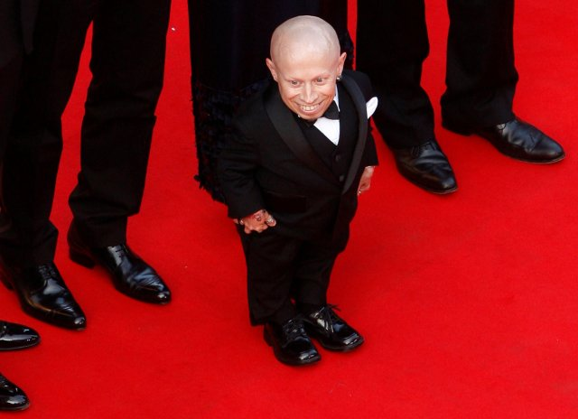 """FILE PHOTO: Cast member Verne Troyer arrives for the screening of the film """"The imaginarium of Doctor Parnassus"""" out of competition at the 62nd Cannes Film Festival May 22, 2009. REUTERS/Vincent Kessler/File Photo"""