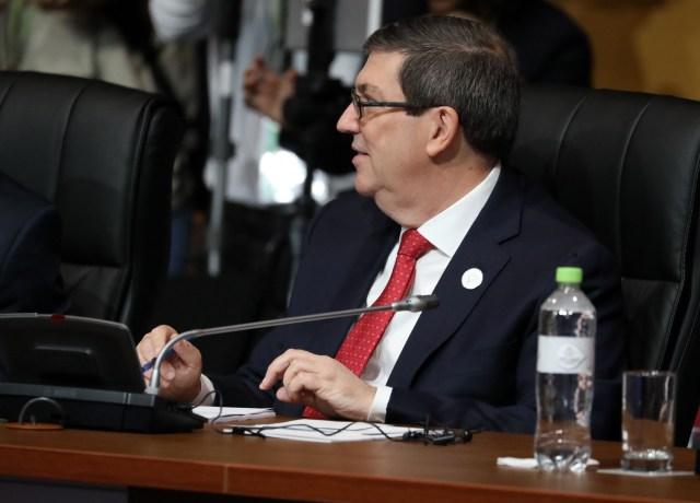 El ministro de Exteriores de Cuba, Bruno Rodríguez Padilla, participa en la sesión plenaria de la VIII Cumbre de las Américas hoy, sábado 14 de abril de 2018, en el Centro de Convenciones de Lima (Perú). EFE/Miguel Gutiérrez