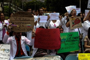 Médicos, enfermeras y ciudadanos se unen para exigir hospitales dignos para Ciudad Guayana