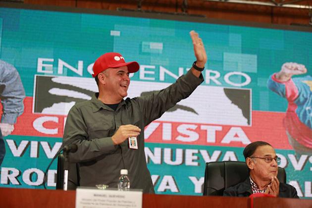 """General Manuel Quevedo, presidente de Pdvsa junto al """"presidente honorario"""" de Pdvsa, Alí Rodríguez / Foto @pdvsa"""