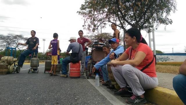 Foto: Protesta por la escasez de gas, agua, comida y luz en Cabudare / Cortesía