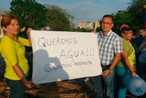 En Venezuela abunda el agua pero la gente se muere de sed
