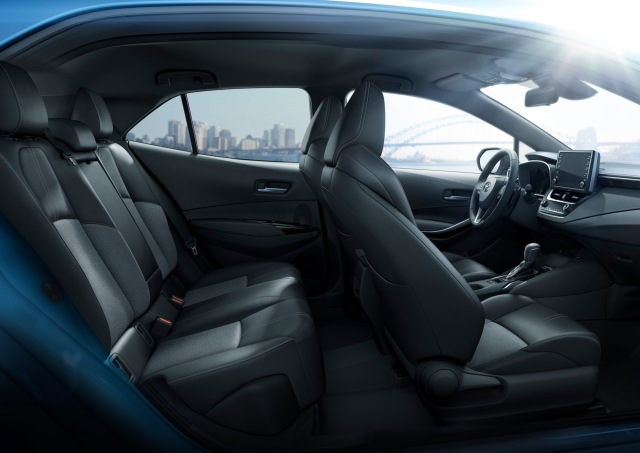 Toyota-Corolla-2019 (14)