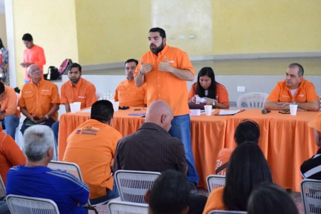 Foto: Activistas de la tolda naranja junto a la dirección regional se reunieron para definir las nuevas líneas de acción / Prensa