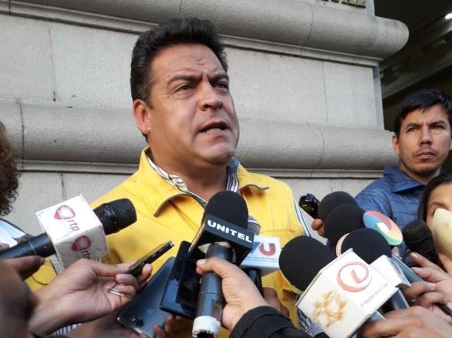El alcalde de La Paz, Luis Revilla, informó de la postulación. Foto: @deportetotal_bo